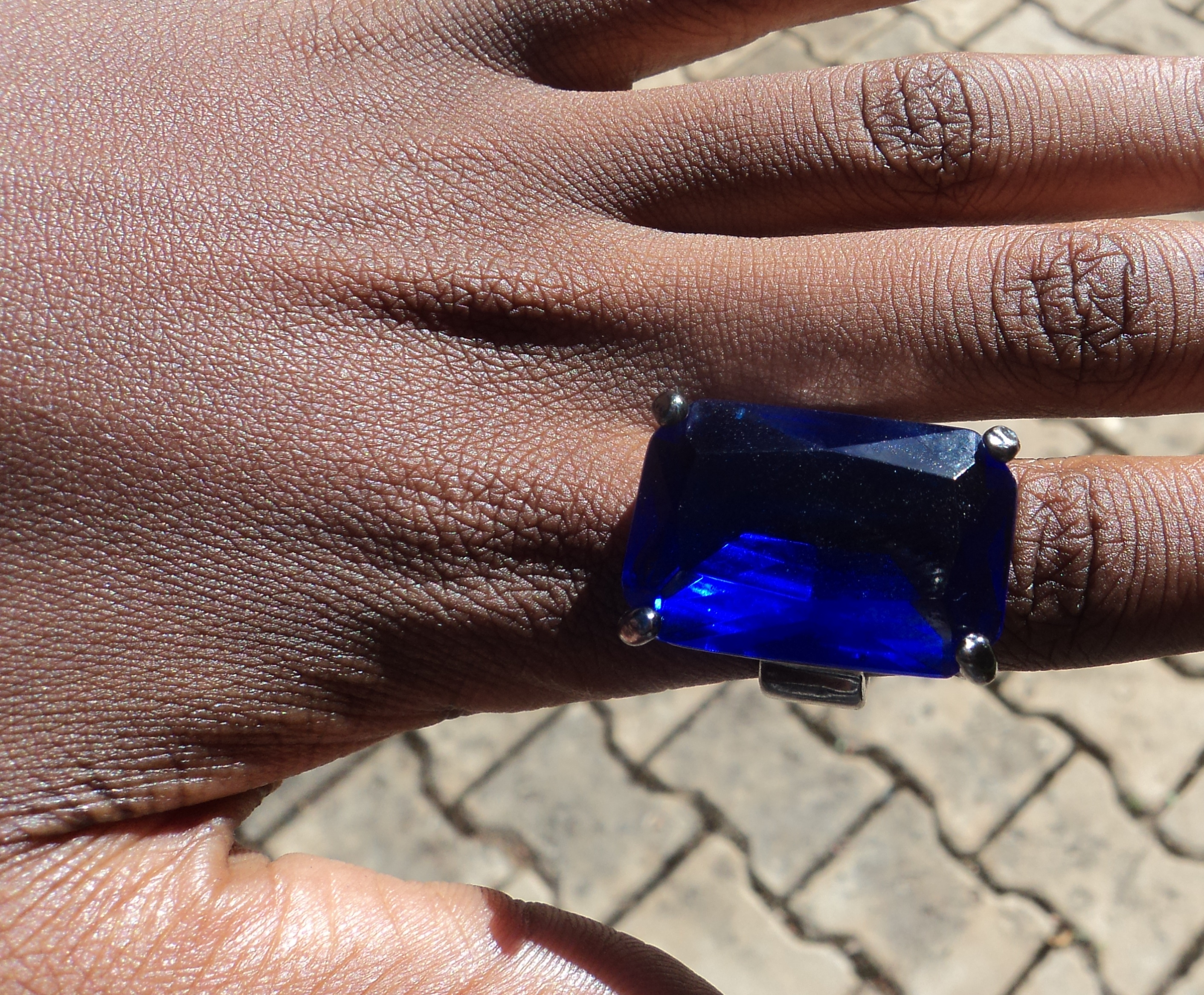 royal with blue carat diamond ring diamondland rings sapphires